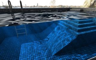 """如何拥有一个""""私人泳池"""""""